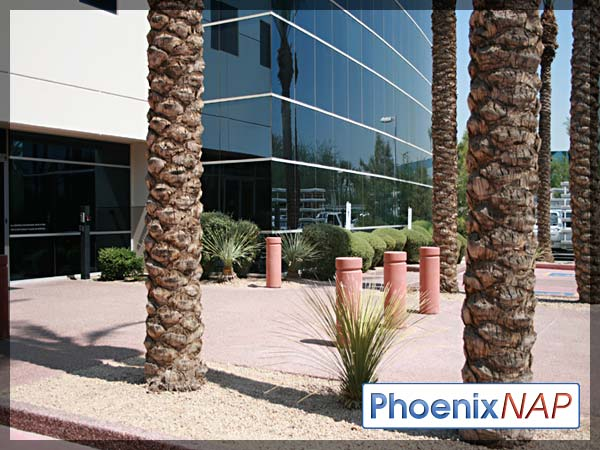 PhoenixNAP-BuildingFront